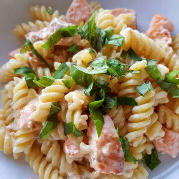 Creamy salmon pasta with creme fraiche