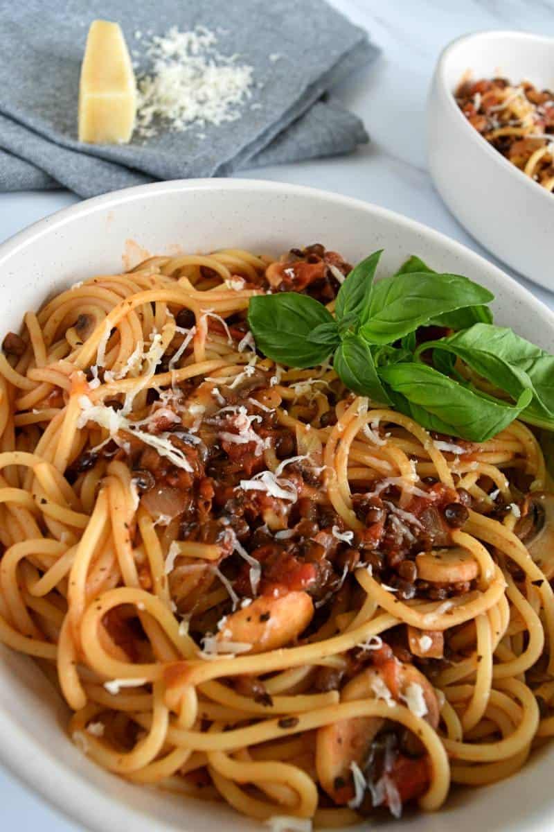 Mushroom and lentil bolognese in bowls.