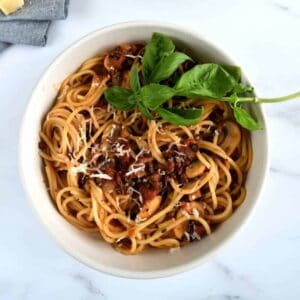 Vegan bolognese with mushrooms and lentils.