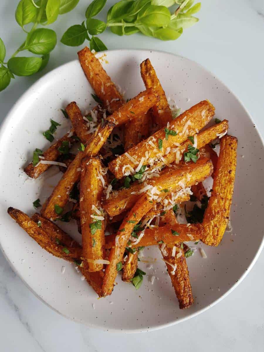 Air fryer carrot sticks.
