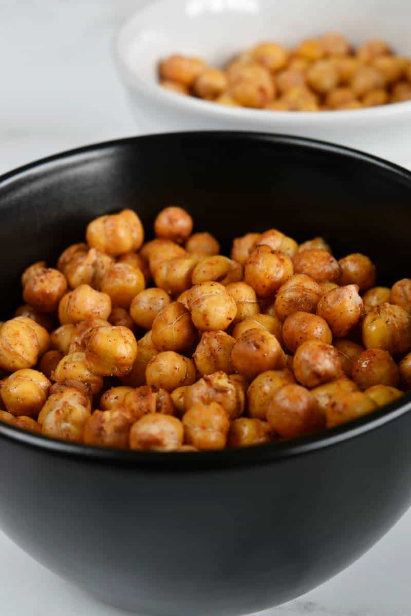 Crispy chickpeas in a bowl.