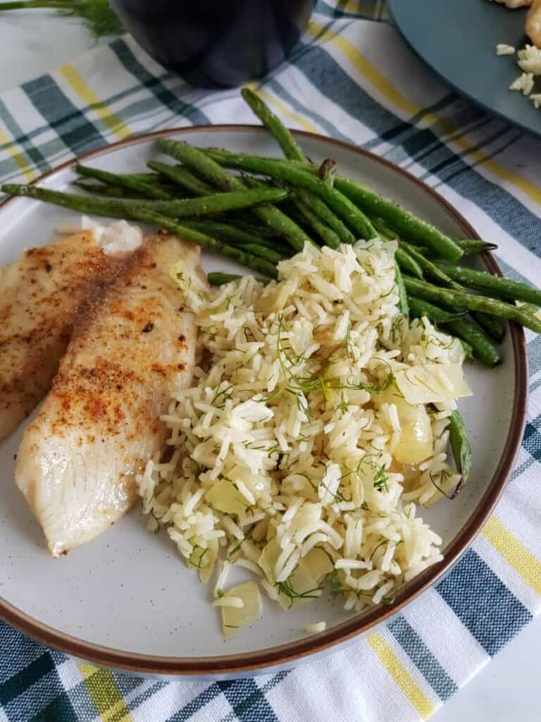 Dill rice with fish.