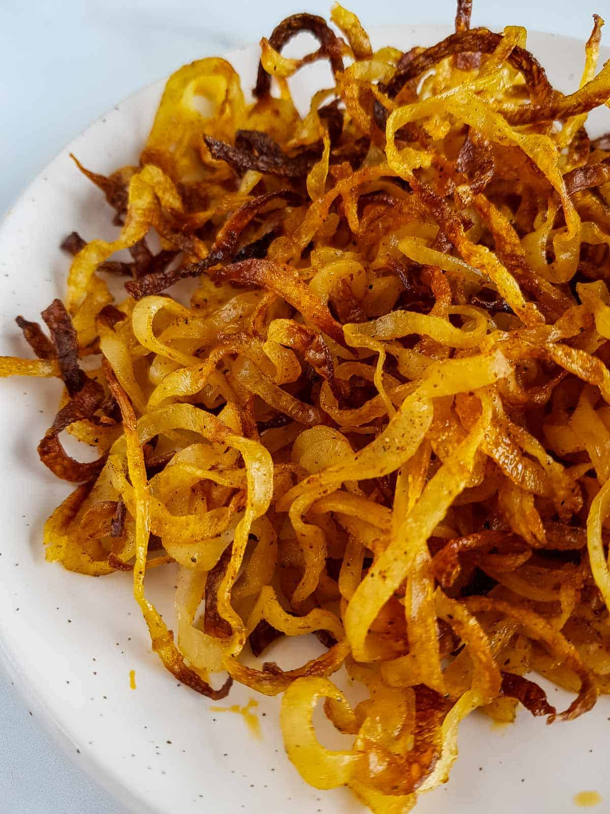 Crispy baked potato strings.