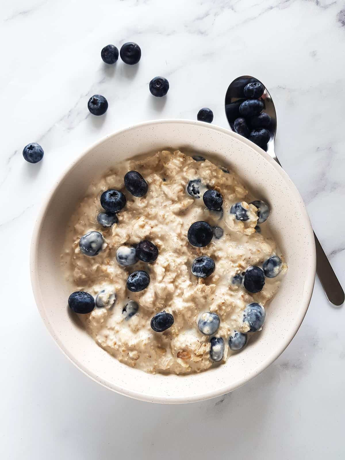 Creamy overnight oats with blueberries.