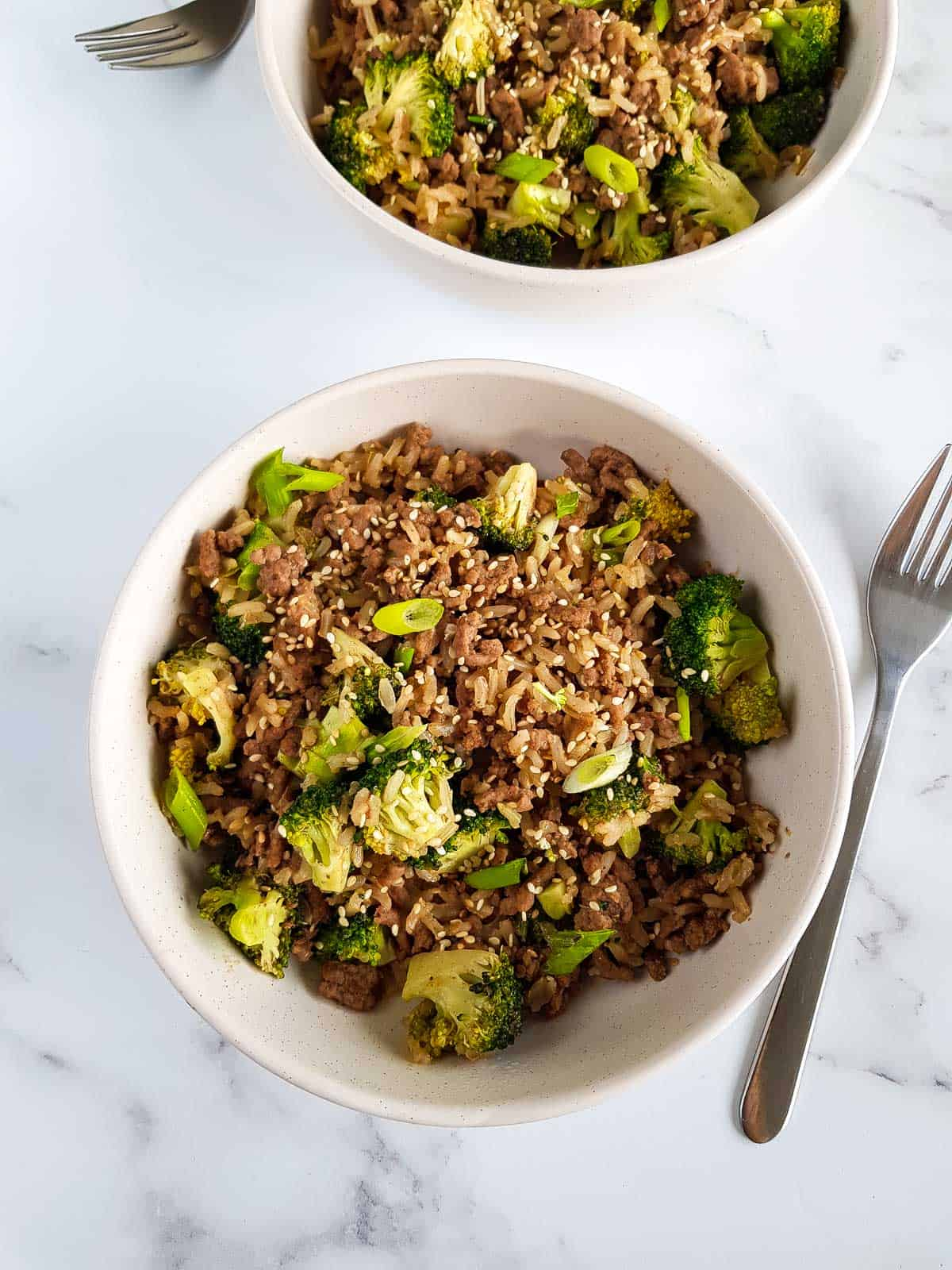 Ground beef and broccoli dish with rice.