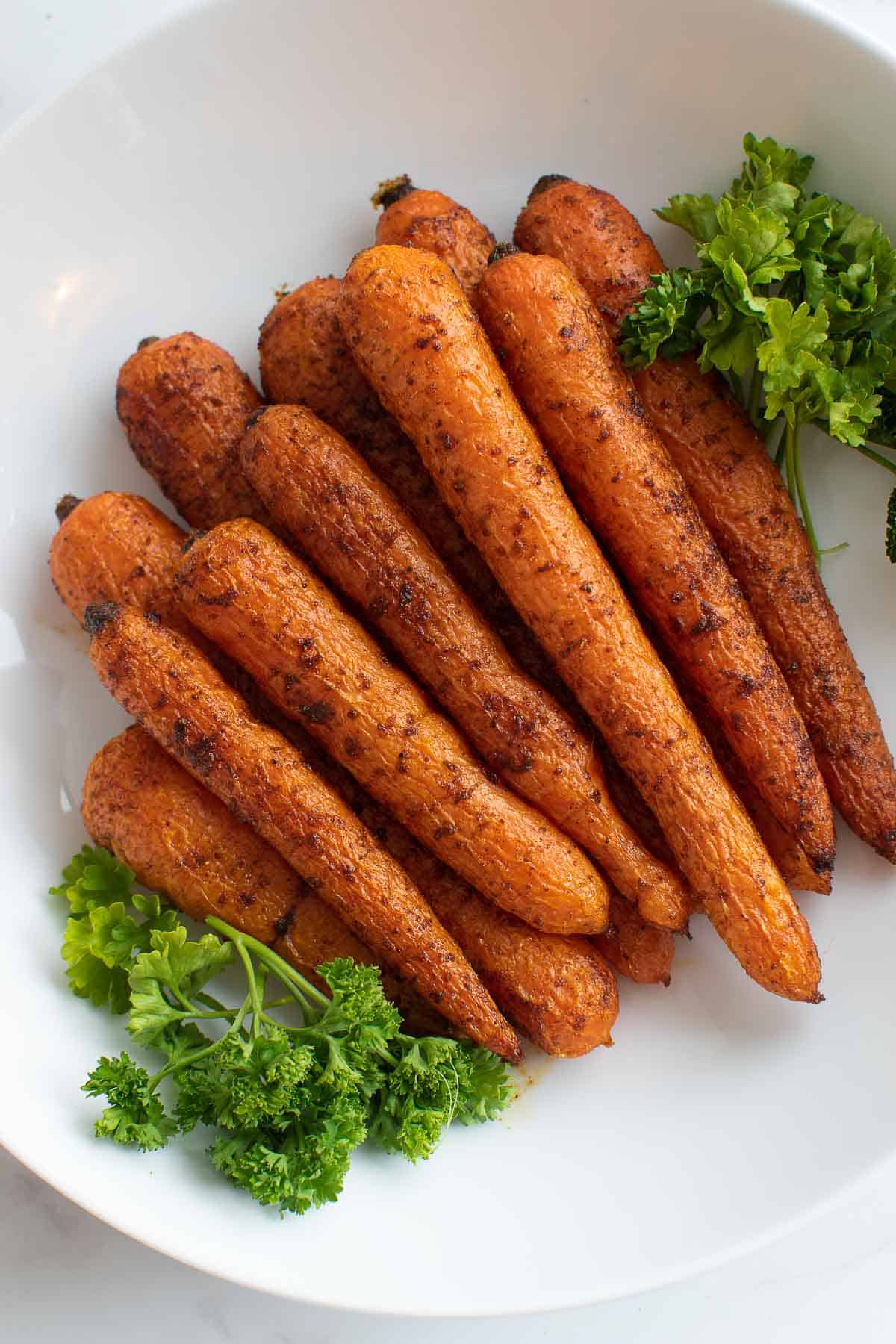 Close up of the roasted carrots.